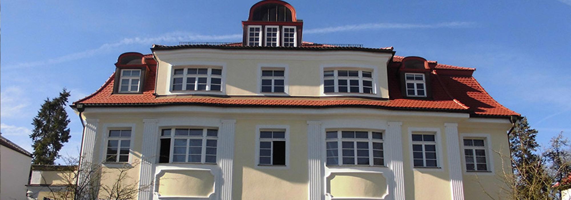 slide-rosenfelder-villa